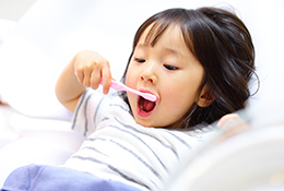 お子様の歯列矯正について